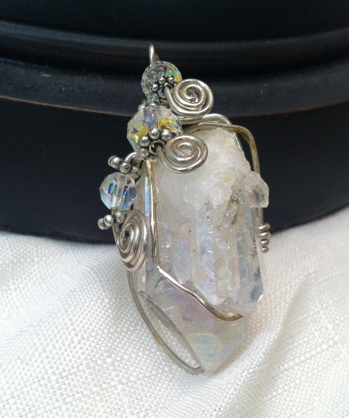 Beginner Wire Wrapping instruction - The Silver Chest
